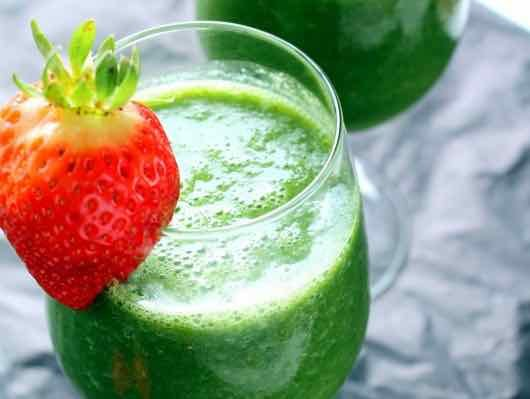 Can you freeze lettuce for smoothies?